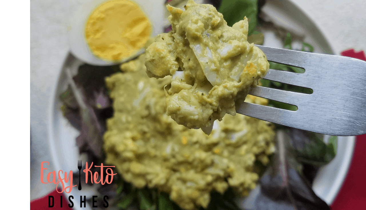 Rich and creamy, and filled with healthy fats, this avocado egg salad is the perfect food for picnics, parties and an on the go lunch or snack!