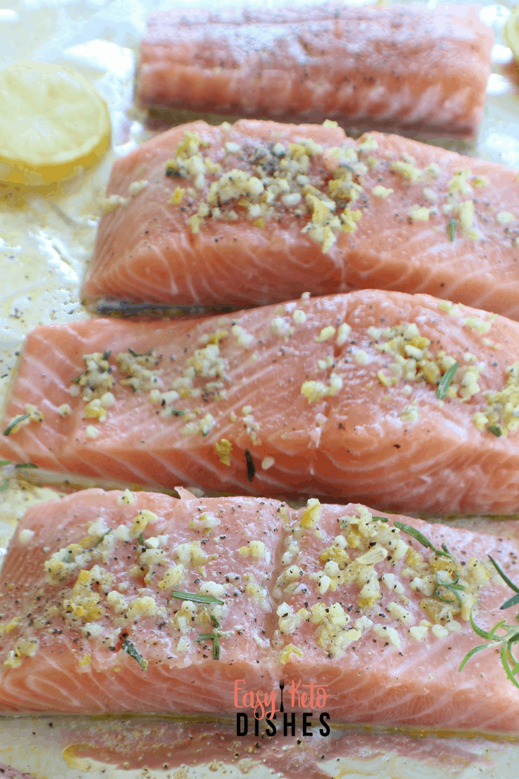 Need a light, tasty dish for when it's hot outside? Try this moist, flaky, grilled salmon with lemon, rosemary and garlic!