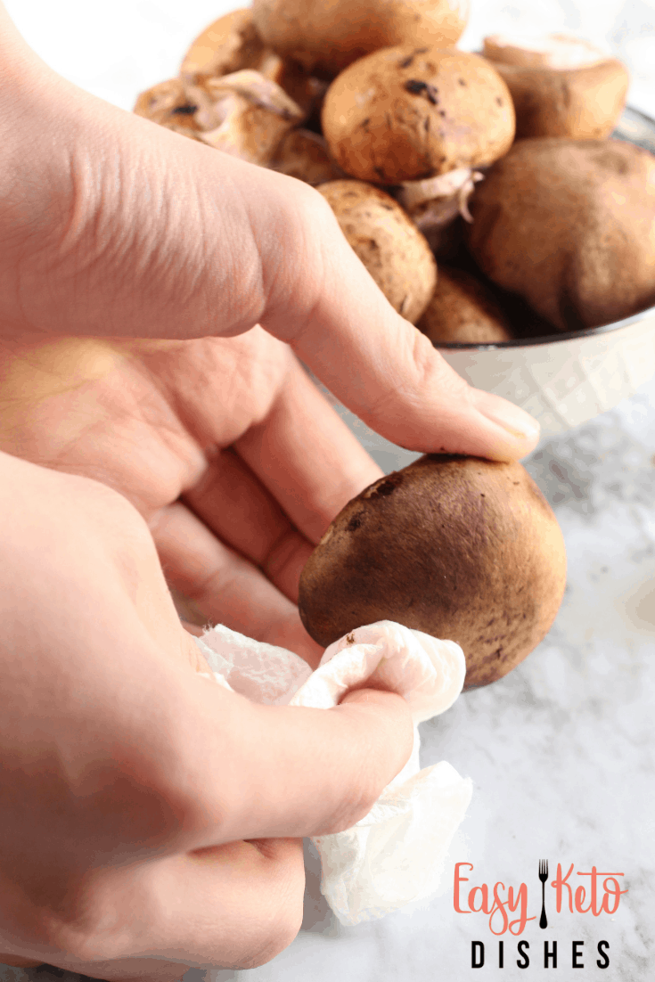 cleaning baby bella mushrooms