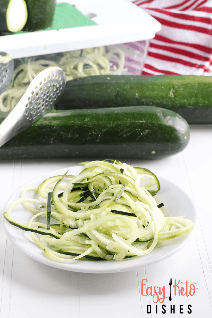 making zoodles vegetable noodles