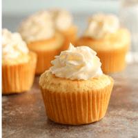 Vanilla Cupcakes (keto, low carb, gluten free)