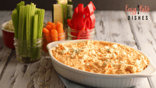 Easy Buffalo Chicken Dip (keto, low carb)